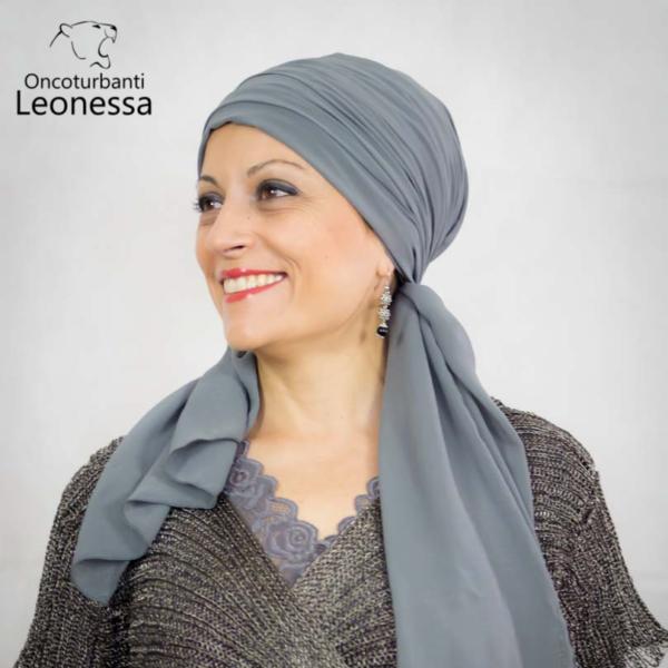 oncoturbanti-leonessa-bandane-turbanti-chemio-cancro-emirates-grigio