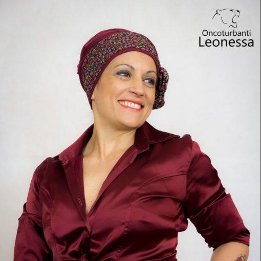 oncoturbanti-leonessa-bandane-turbanti-chemio-cancro-alyssia-fiori-bordeaux