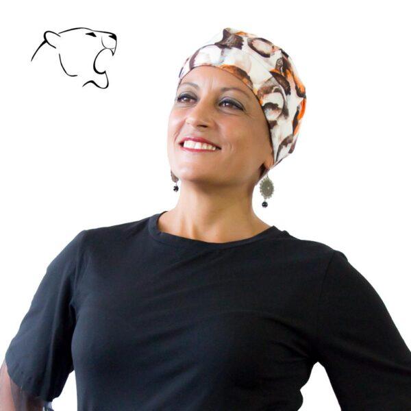 turbante-chemio-oncoturbanti-leonessa-baschetto-bianco-arancio-03